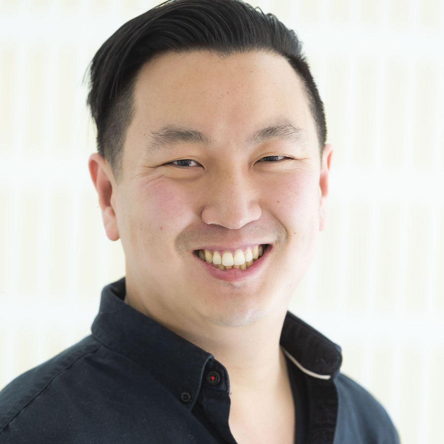 headshot of Jonathan Chang